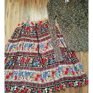 Bundle hippie festival vintage floral skirt